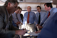 20 NOV 2003, LUFTRAUM:<br /> Bernd Pfaffenbach, Ministerialdirektor, Wirtschaftspolitischer Berater des Bundeskanzlers und Leiter der Wirtschaftsabteilung des Bundeskanzleramtes, im Gespraech mit Journalisten, in einem Airbus A310 der Flugbereitschaft der Luftwaffe, waehrend einem Flug von Berlin nach New York, USA<br /> IMAGE: 20031120-02-004<br /> KEYWORDS: U.S.A., Reise, Journalist, Flugzeug