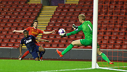 ANFIELD, ENGLAND - Friday, May 2, 2014: Liverpool's Jordan Lussey sees his shot saved by Manchester United's goalkeeper Ben Amos during the Under 21 FA Premier League Semi-Final match at Anfield. (Pic by David Rawcliffe/Propaganda)