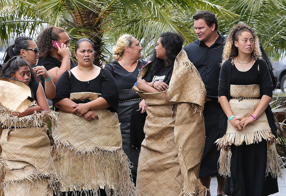 Michael Jones, 2nd right, with mourners in traditional costume at the `Aho Faka Famili, where  Pasifika communities celebrate the life of Jonah Lomu according to their traditions, Vodafone Events Centre, Manukau, Auckland, New Zealand, Saturday, November 28, 2015.   Credit:SNPA / David Rowland