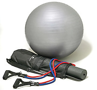 travel trainer kit with ball, yoga mat and resistance band