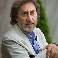 EDINBURGH, SCOTLAND - AUGUST16. Author Howard Jacobson  poses during a portrait session held at Edinburgh Book Festival on August 16, 2006  in Edinburgh, Scotland. (Photo by Marco Secchi/Getty Images)