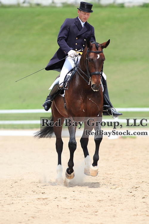 Tom Dvorak and Freixnet at the 2010 Equivents Spring Classic in Milton, Ontario.