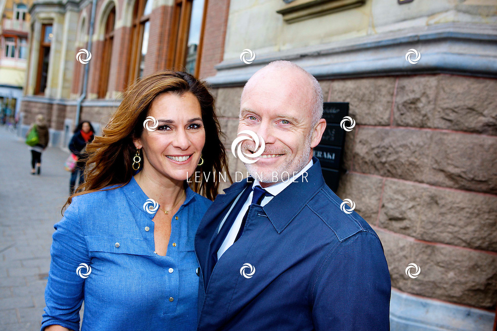 AMSTERDAM - In het Conservatorium Hotel vierde Leco Zadelhoff zijn 45ste verjaardag. Met op de foto  Quinty Trustfull en Mart Visser. FOTO LEVIN DEN BOER  - PERSFOTO.NU