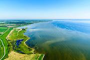 Nederland, Friesland, De Friese Meren, 07-05-2018; Gaasterland,  Mirnser Klif (Fries: Murnser Klif), keileemrug.<br /> Coast cliffs, Frisian coast.<br /> luchtfoto (toeslag op standard tarieven);<br /> aerial photo (additional fee required);<br /> copyright foto/photo Siebe Swart