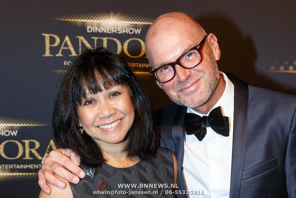NLD/Hilversum/20151018 - Premiere Studio 21 Pandora, Rene Ros en partner Grace Robinson