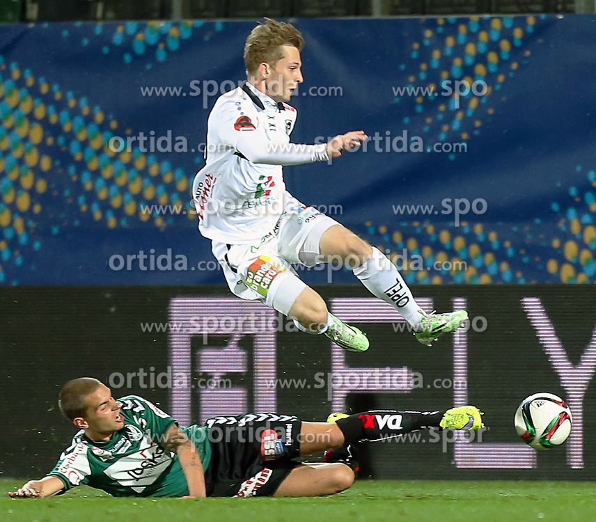 23.09.2015, Keine Sorgen Arena, Ried, AUT, OeFB Samsung Cup, SV Josko Ried vs RZ Pellets WAC, 2. Runde, im Bild Florian Hart (SV Josko Ried) und Marc Andre Schmerböck (WAC) // during OeFB Cup, 2nd round Match between SV Josko Ried and RZ Pellets WAC at the Keine Sorgen Arena, Ried, Austria on 2015/09/23. EXPA Pictures © 2015, PhotoCredit: EXPA/ Roland Hackl