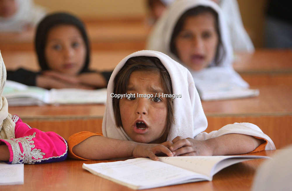 Afghan children attend a class at a school which was funded by Angelina Jolie in Kabul, Afghanistan, on April 3, 2013. At least 400 girls study in this school founded by Hollywood star Angelina Jolie. Photo by Imago / i-Images...UK ONLY..