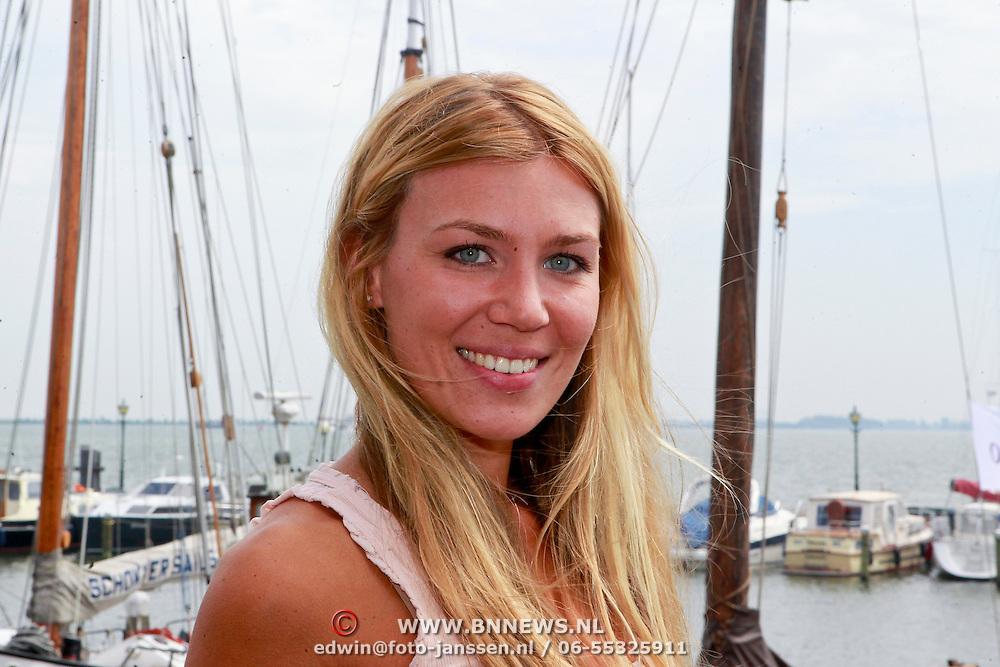 NLD/Volendam/20110628 - Uitreiking 100% NL Awards 2011, Annemerie Hoek