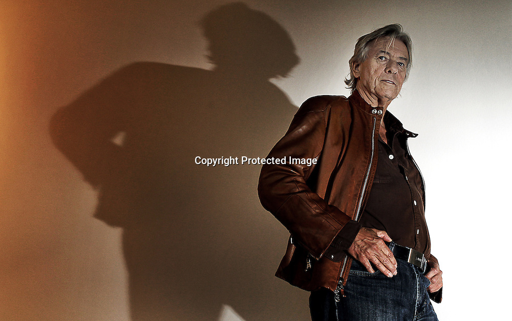 Dutch director Paul Verhoeven poses for photographs at the Istanbul Museum of Modern Art in Istanbul, Turkey, 14 November 2009. Verhoeven is in Istanbul to attend the session 'A Dutch Tale' featuring films that he directed between 1971 and 1983. Paul Verhoeven is mostly known for his 90's Hollywood blockbusters: 'Robocop' (1987), 'Basic Instinct' (1992) and 'Total Recall' (1990).  EPA/KERIM OKTEN