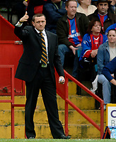 Photo: Daniel Hambury.<br />Crystal Palace v Watford. Coca Cola Championship. Play off Semi-Final, First Leg. 06/05/2006.<br />Watford's manager Adrian Boothroyd.