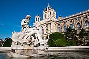 Naturhistorisches Museum, Ringstraße, Wien, Österreich .|.Kunsthistorisches Museum (The Natural History Museum), Ringroad, Vienna, Austria..
