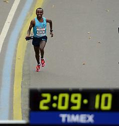 03-11-2013 ATLETIEK: NY MARATHON: NEW YORK <br /> Tsegaye Kebede ETH werd tweede op de NY marathon in 02:09:16.<br /> ©2013-FotoHoogendoorn.nl