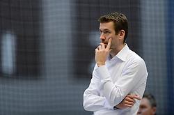 11-01-2014 VOLLEYBAL: TALENTTEAM - SV DYNAMO APELDOORN: ARNHEM<br /> Talentteam verslaan Dynamo met 3-1 / Trainer-coach Joost Joosten<br /> ©2014-FotoHoogendoorn.nl
