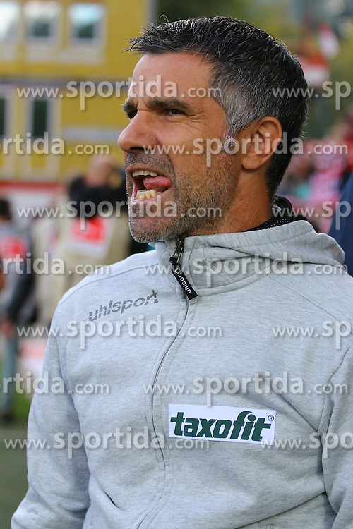 26.09.2015, Alte Foersterei, Berlin, GER, 2. FBL, 1. FC Union Berlin vs MSV Duisburg, 9. Runde, im Bild Cheftrainer Gino Lettieri (MSV Duisburg) // SPO during the 2nd German Bundesliga 9th round match between 1. FC Union Berlin and MSV Duisburg at the Alte Foersterei in Berlin, Germany on 2015/09/26. EXPA Pictures &copy; 2015, PhotoCredit: EXPA/ Eibner-Pressefoto/ Hundt<br /> <br /> *****ATTENTION - OUT of GER*****