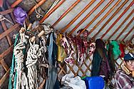 Mongolia. inside yurt , daily life. nomad family, children  Khurjit -   /  interieur de yourte , famille díeleveurs, nomades  dans la rÈgion  Khurjit - Mongolie