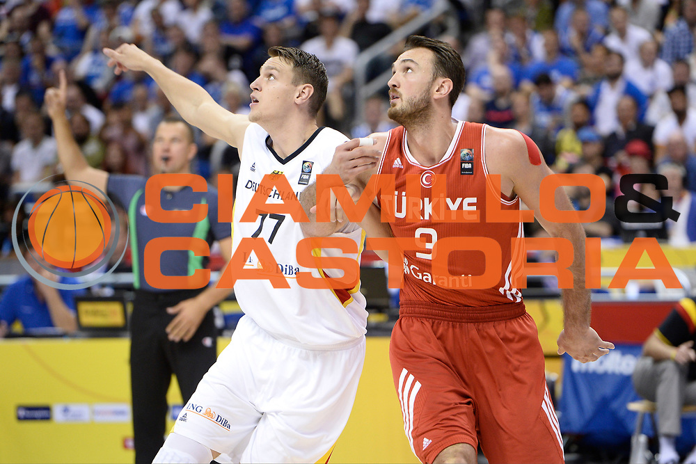 DESCRIZIONE : Berlino Berlin Eurobasket 2015 Group B Germany Turkey <br /> GIOCATORE :  Semih Erden<br /> CATEGORIA : Tagliafuori<br /> SQUADRA :Turkey<br /> EVENTO : Eurobasket 2015 Group B <br /> GARA : Germany Turkey <br /> DATA : 08/09/2015 <br /> SPORT : Pallacanestro <br /> AUTORE : Agenzia Ciamillo-Castoria/I.Mancini <br /> Galleria : Eurobasket 2015 <br /> Fotonotizia : Berlino Berlin Eurobasket 2015 Group B Germany Turkey