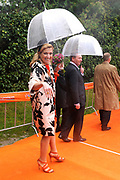 Koninginnedag 2010 . De Koninklijke familie in het zeeuwse Wemeldinge. / Queensday 2010. The Royal Family in Wemeldinge<br />