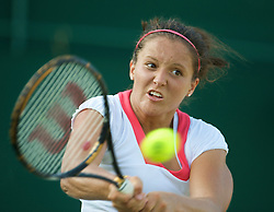 LONDON, ENGLAND - Tuesday, June 30, 2009: Laura Robson (GBR) during the Girls' Singles 2nd Round match on day eight of the Wimbledon Lawn Tennis Championships at the All England Lawn Tennis and Croquet Club. (Pic by David Rawcliffe/Propaganda)