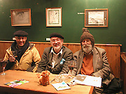 Hamedi Zelawi,David Kirke and Ronald Hathorn.  Oxford. October 2004. SUPPLIED FOR ONE-TIME USE ONLY> DO NOT ARCHIVE. © Copyright Photograph by Dafydd Jones 66 Stockwell Park Rd. London SW9 0DA Tel 020 7733 0108 www.dafjones.com