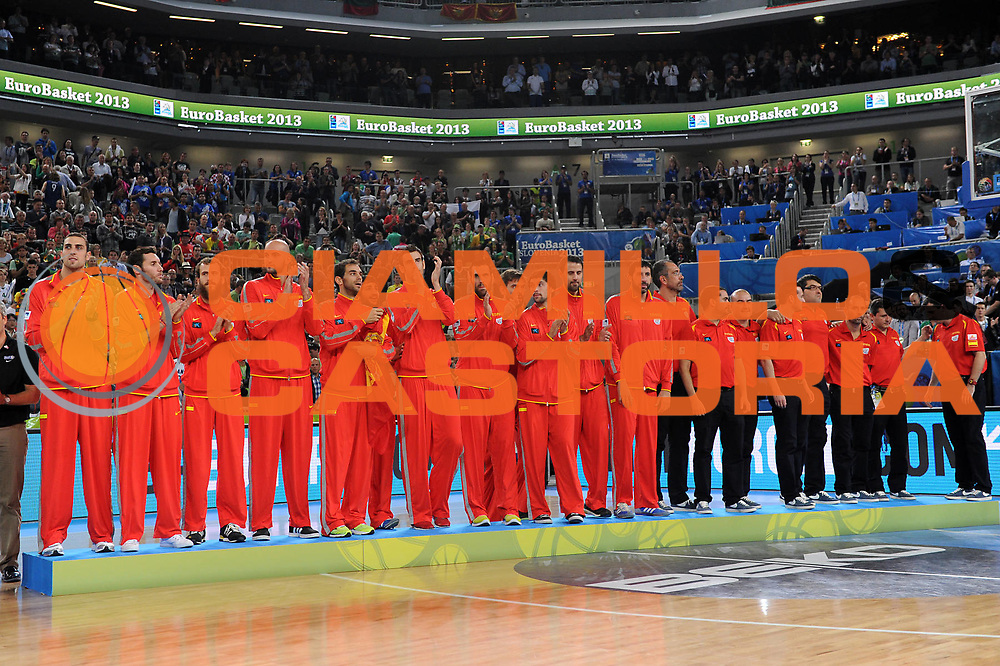 DESCRIZIONE : Lubiana Ljubliana Slovenia Eurobasket Men 2013 Finale Final Francia France Lituania Lithuania<br /> GIOCATORE : Premiazione Spagna Award Spain<br /> CATEGORIA : premiazione award<br /> SQUADRA : Lituania Lithuania<br /> EVENTO : Eurobasket Men 2013<br /> GARA : Francia France Lituania Lithuania<br /> DATA : 22/09/2013 <br /> SPORT : Pallacanestro <br /> AUTORE : Agenzia Ciamillo-Castoria/C.De Massis<br /> Galleria : Eurobasket Men 2013<br /> Fotonotizia : Lubiana Ljubliana Slovenia Eurobasket Men 2013 Finale Final Francia France Lituania Lithuania<br /> Predefinita :