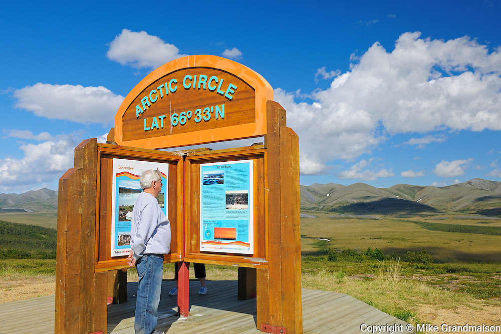 Dempster Highway (KM 405) at the Arctic Circle<br /> Dempster Highway<br /> Yukon<br /> Canada