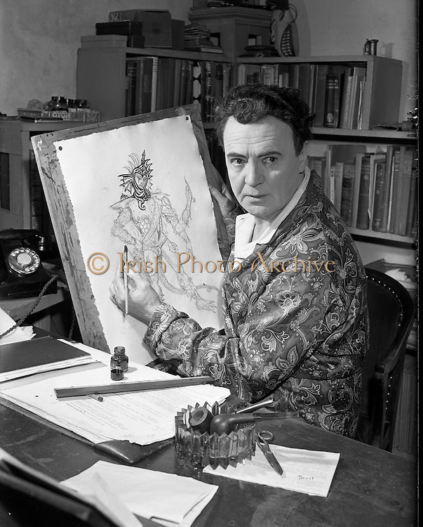 Michael Mac'Liamoir 1956 -  17:05