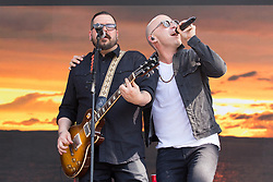 May 28, 2017 - Napa, California, U.S - CHAD TAYLOR and ED KOWALCZYK of Live during the BottleRock Napa Valley Music Festival in Napa, California (Credit Image: © Daniel DeSlover via ZUMA Wire)