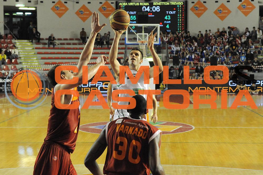 DESCRIZIONE : Roma Lega A 2011-12  Acea Virtus Roma Benetton Treviso<br /> GIOCATORE :  Sani Becirovic<br /> CATEGORIA : three points<br /> SQUADRA : Benetton Treviso<br /> EVENTO : Campionato Lega A 2011-2012<br /> GARA : Acea Virtus Roma Benetton Treviso<br /> DATA : 01/04/2012<br /> SPORT : Pallacanestro<br /> AUTORE : Agenzia Ciamillo-Castoria/GabrieleCiamillo<br /> Galleria : Lega Basket A 2011-2012<br /> Fotonotizia : Roma Lega A 2011-12 Acea Virtus Roma Benetton Treviso<br /> Predefinita :