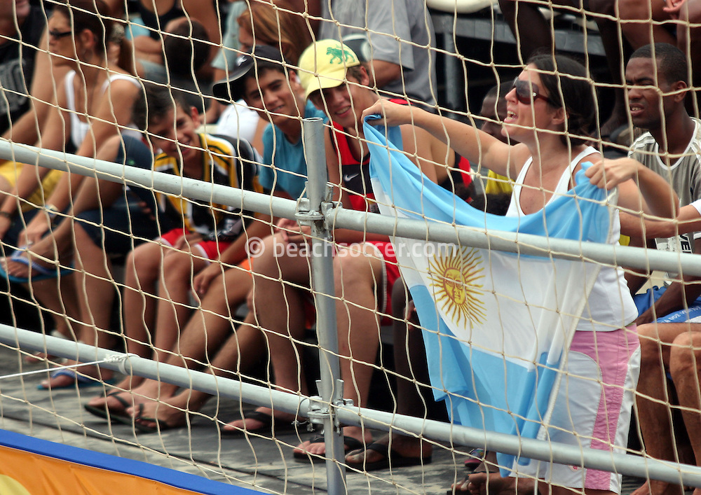 Football - FIFA Beach Soccer World Cup 2006 - Group D - Arg x Nga - Rio de Janeiro - Brazil 02/11/2006<br />