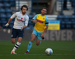 Ben Pearson of Preston North End (L) and Jon Taylor of Rotherham United in action - Mandatory by-line: Jack Phillips/JMP - 27/10/2018 - FOOTBALL - Deepdale - Preston, England - Preston North End v Rotherham United - English League Championship