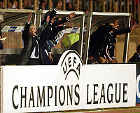 Photo: Scott Heavey, Digitalsport<br /> NORWAY ONLY.<br /> Monaco v Chelsea.  Champions League Semi Final, first leg. 20/04/2004.<br /> Didier Deschamps and the Monaco bench celebrate their second