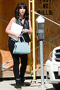 14.SEPTEMBER.2013. SHERMAN OAKS<br /> <br /> JENNIFER LOVE HEWITT SPOTTED PAYING FOR HER PARKING SPOT IN SHERMNA OAKS.<br /> <br /> BYLINE: EDBIMAGEARCHIVE.CO.UK<br /> <br /> *THIS IMAGE IS STRICTLY FOR UK NEWSPAPERS AND MAGAZINES ONLY*<br /> *FOR WORLD WIDE SALES AND WEB USE PLEASE CONTACT EDBIMAGEARCHIVE - 0208 954 5968*