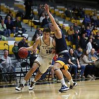 Men's Basketball: University of Wisconsin-Oshkosh Titans
