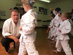 JUL 16 2000 Mulhollands Karate Club