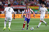 Atletico de Madrid´s Griezmann (C) and Real Madrid´s James Rodriguez during 2014 Supercopa de España `Spain Supercup´ second leg match at Vicente Calderon stadium. August 22, 2014. (ALTERPHOTOS/Victor Blanco)