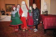04.DECEMBER.2011. LIVERPOOL<br /> <br /> ACTOR RICKY TOMLINSON AT QUEENIES CHRISTMAS, A CHARITY EVENT WHICH BROUGHT SANTA TO LIVERPOOL FROM LAPLAND FOR SICK AND UNDERPRIVILEDGED CHILDREN FROM LIVERPOOL<br /> <br /> BYLINE: EDBIMAGEARCHIVE.COM<br /> <br /> *THIS IMAGE IS STRICTLY FOR UK NEWSPAPERS AND MAGAZINES ONLY*<br /> *FOR WORLD WIDE SALES AND WEB USE PLEASE CONTACT EDBIMAGEARCHIVE - 0208 954 5968*