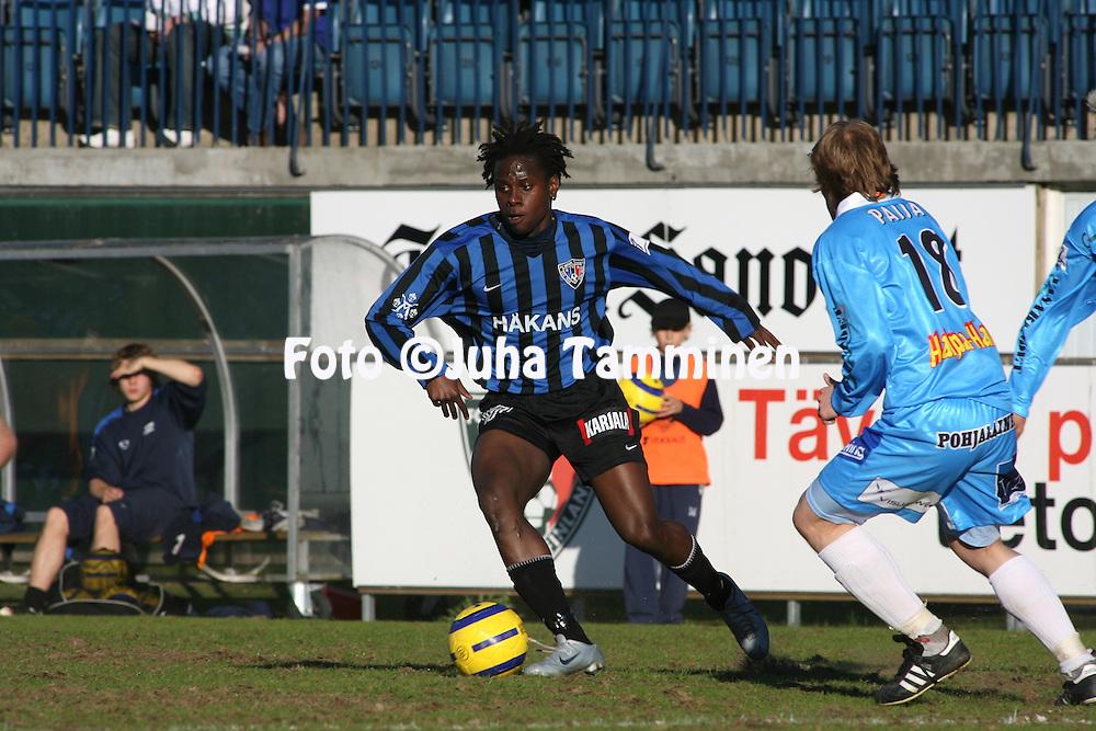 04.06.2006, Veritas Stadion, Turku, Finland..Veikkausliiga 2006 - Finnish League 2006.FC Inter Turku - Vaasan Palloseura.Martin Mutumba - Inter.©Juha Tamminen.....ARK:k