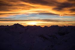 TEMENBILD - Mölltaler Gletscher ist der Name für ein Skigebiet in Österreich, Kärnten, in der Nähe von Flattach. Das Skigebiet ist im Besitz der Schultz Gruppe. Das Skigebiet dient in den Sommer und Herbstmonaten als T Trainingstätte für den Internationalen Ski Zirkus. Aufgenommen am 17.10.2012. Hier im Bild Sonnenaufgang auf den umliegenden Bergspitzen // THEME IMAGE FEATURE - Moelltal Glacier is the name of a ski resort in Austria, Carinthia, near Flattach. The resort is owned by the Schultz group. The ski area is in the summer and autumn months as T training venue for the International Ski Circus. The image was taken on october, 17th, 2012. Picture shows Sunrise at the top. EXPA Pictures © 2012, PhotoCredit: EXPA/ J. Groder
