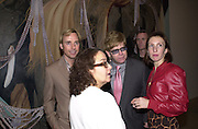 David Furnish, Sir Elton John and Sam Taylor-Wood. Jeff Koons exhibition opening and dinner. Gagosian Gallery and Mr. Chow. Los Angeles. 22 March 2001. © Copyright Photograph by Dafydd Jones 66 Stockwell Park Rd. London SW9 0DA Tel 020 7733 0108 www.dafjones.com
