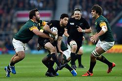 Nehe Milner-Skudder of New Zealand takes on the South Africa defence - Mandatory byline: Patrick Khachfe/JMP - 07966 386802 - 24/10/2015 - RUGBY UNION - Twickenham Stadium - London, England - South Africa v New Zealand - Rugby World Cup 2015 Semi Final.