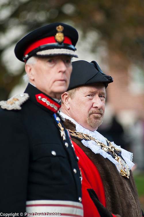 Lord Lieutenant of South Yorkshire Mr David Moody and Councillor Tim Shepherd at Barnsley War Memorial on remembrance Sunday Barnsley Marks the Centenary of the out break of World War I<br /> <br /> 09 November 2014<br /> <br /> Image &copy; Paul David Drabble <br /> <br /> www.pauldaviddrabble.co.uk