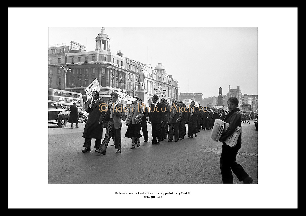 Lensmen Photographic Agency does fantastic event photography in dublin ireland. Old Ireland photos are the perfect gift to give someone that is interested in Press Photography.