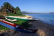 Ourrigger Canoe, Waimanalo Beach, Oahu, Hawaii<br />
