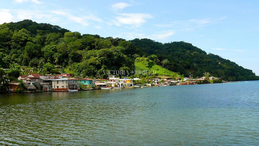 La Guaira esta ubicada en el caribe a 2 horas del este de la Ciudad de Panamá. Las playas de La Guaira son hermosas y ofrecen bellos filones coralinos.©Victoria Murillo/Istmophoto.com