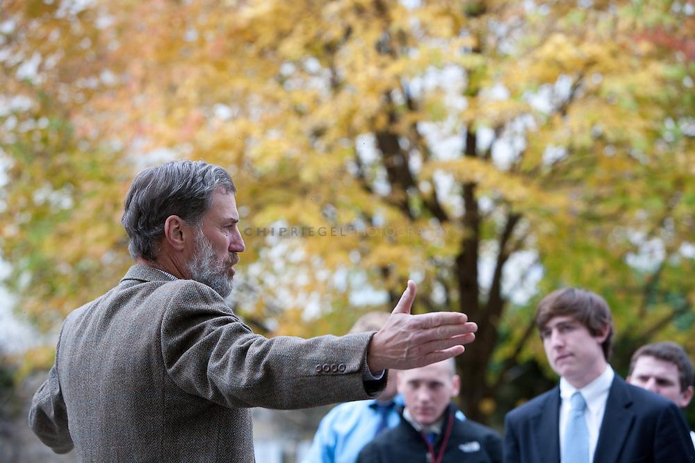 _DCN0700. Sheffield, MA, USA. ©2009 Chip Riegel / www.chipriegel.com. 10/06/2009. Berkshire School, fall 2009.