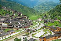 Chine. Province du Guizhou. Village de Xijiang. Miao a jupe de cent plis.// China. Guizhou province. Xijiang village. Skirt Miao.