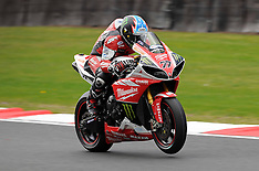 R3 MCE British Superbikes Oulton Park International 2013