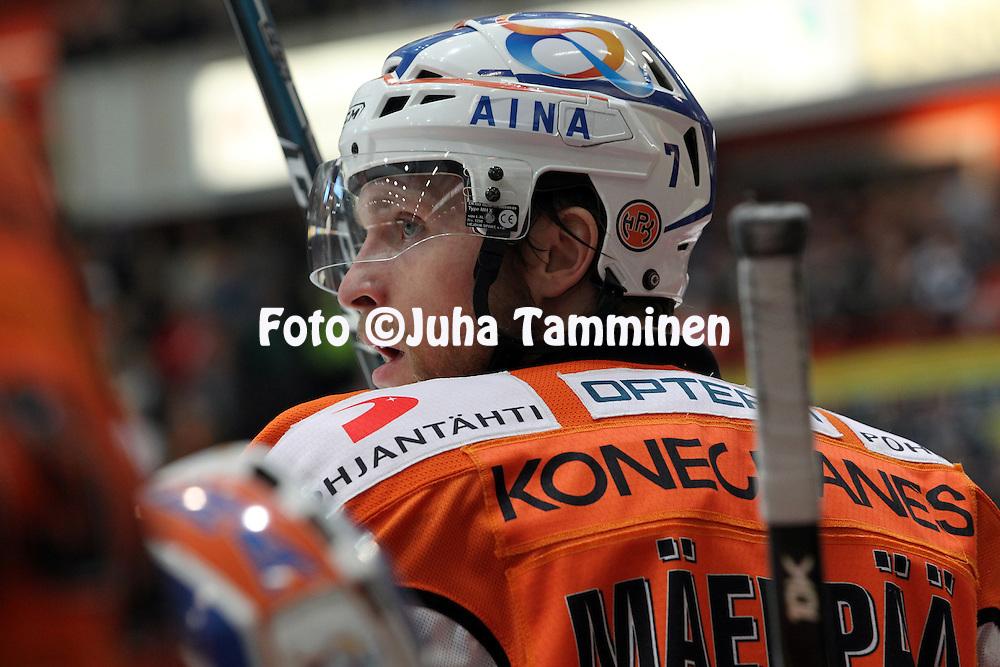 22.04.2010, Patria Areena, H?meenlinna..J??kiekon SM-liiga 2009-10, playoffs 1. loppuottelu HPK - TPS..Mikko M?enp?? - HPK.©Juha Tamminen.