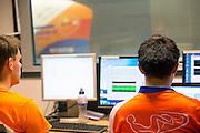 In Delft wordt de VeloX 6, de nieuwe recordfiets van het Human Power Team, getest in de windtunnel. In september wil het Human Power Team Delft en Amsterdam, dat bestaat uit studenten van de TU Delft en de VU Amsterdam, tijdens de World Human Powered Speed Challenge in Nevada een poging doen het wereldrecord snelfietsen te verbreken. Het record is met 139,45 km/h sinds 2015 in handen van de Canadees Todd Reichert.<br /> <br /> In Delft the VeloX 6 is tested in the windtunnel. With the special recumbent bike the Human Power Team Delft and Amsterdam, consisting of students of the TU Delft and the VU Amsterdam, also wants to set a new world record cycling in September at the World Human Powered Speed Challenge in Nevada. The current speed record is 139,45 km/h, set in 2015 by Todd Reichert.