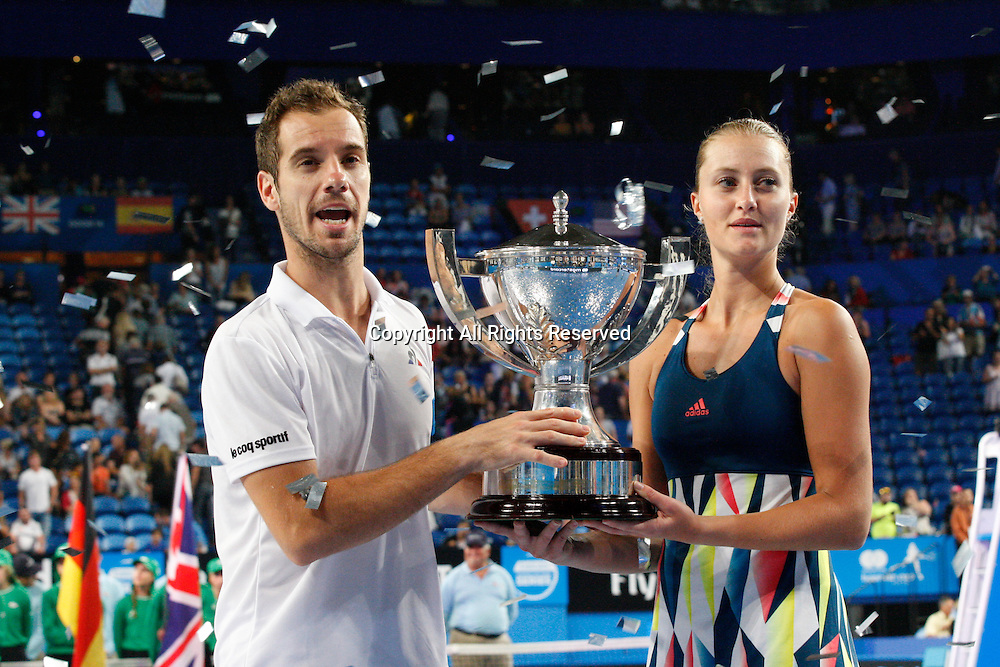 07.01.2017. Perth Arena, Perth, Australia. Mastercard Hopman Cup International Tennis tournament. Richard Gasquet (FRA) and Kristina Mladenovic (FRA) hold the Hopman Cup from  after winning the live Mixed Doubles Final against Sock/Vandeweghe (USA). Mladenovic/Gasquet won 4-1, 4-3.